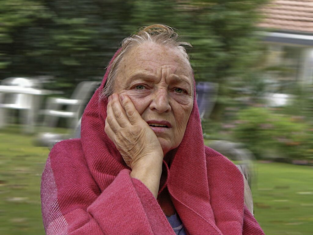 old woman experiencing a stroke